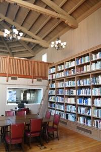 reading room (532x800)