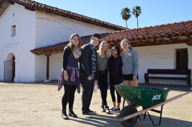 Anacapa Interns Plant the Future of Santa Barbara Presidio